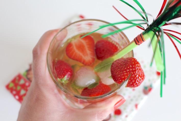 heerlijk genieten met zomerse suikervrije ice tea