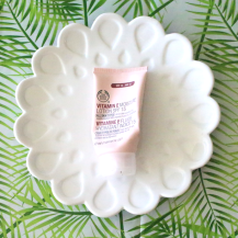 vitamine E moisture lotion spf 15 - The Body Sop