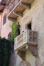 casa-di-giulietta-balkon