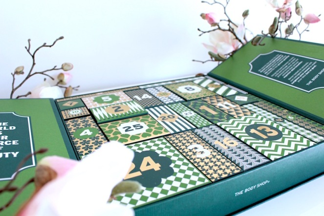 1 jaar sprinkels en kaneel - unboxing advent aftel kalender the body shop