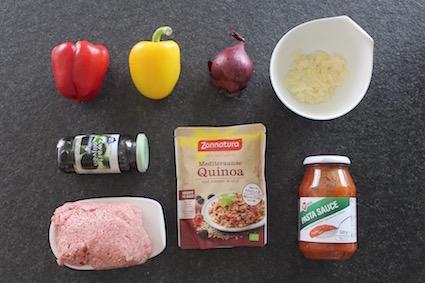 zuiders gevulde paprika met quinoa - ingrediënten - paprika - ui - olijfjes - gehakt - zonnatura quinoa met tomaat en olijf - parmezaan