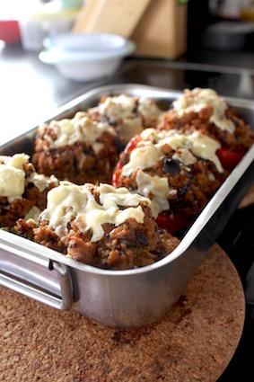 zuiders gevulde paprika met quinoa - klaar