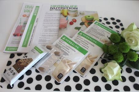 test Herbalife - testpakket ontbijtprogramma - Formule 1 voedingsshake - maatijdvervangende reep - gebruiksaanwijzing - productbrochure