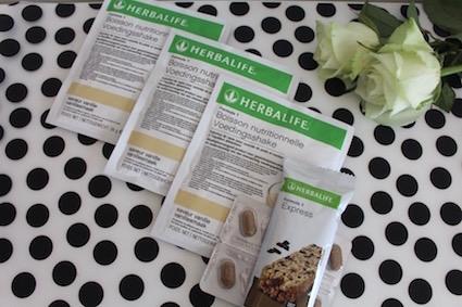 test Herbalife - testpakket ontbijtprogramma - Formule 1 voedingsshake - maatijdvervangende reep