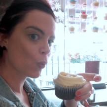 Salted caramel cupcakes - teatime bij The HummingBird Bakery