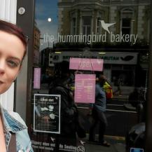 The HummingBird Bakery - enter the good life