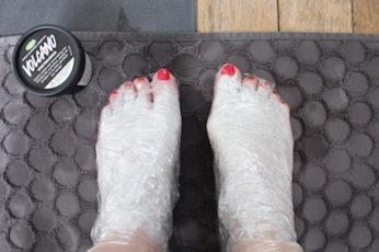 Lush voetcare -volcano voetmasker - smeren en inwikkelen