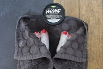 Lush voetcare -volcano voetmasker - ssst 20 min rust
