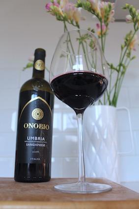 Onorio - intens donkerrode italiaanse wijn